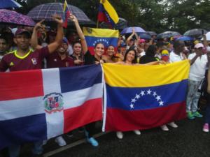 Die dominikanische Regierung beschließt, den Einwanderungsstatus der Venezolaner zu normalisieren.